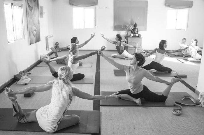 Clase Yoga Iyengar